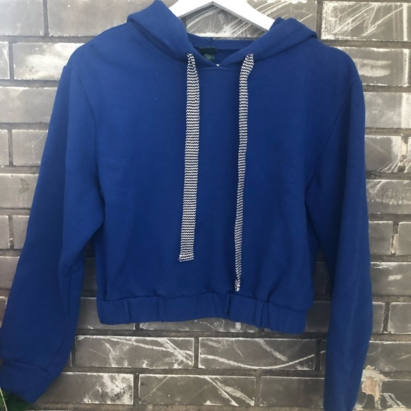 Blue cropped hoodie